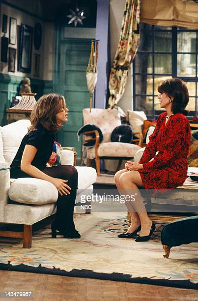 FRIENDS The One with the Lesbian Wedding Episode 11 Air Date Pictured Jennifer Aniston as Rachel Green Marlo Thomas as Sandra Green
