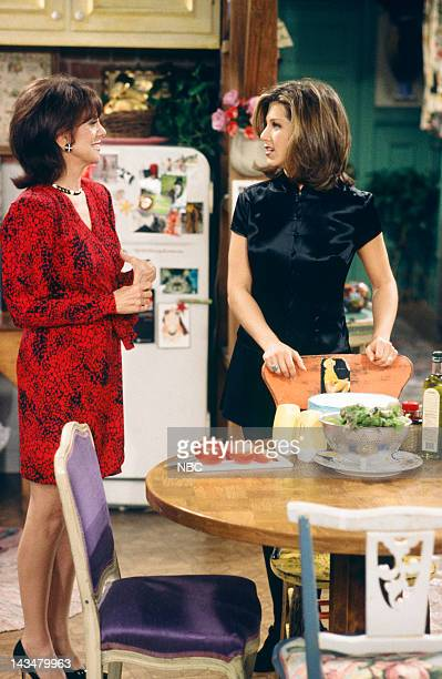 FRIENDS The One with the Lesbian Wedding Episode 11 Air Date Pictured Jennifer Aniston Marlo Thomas as Sandra Green