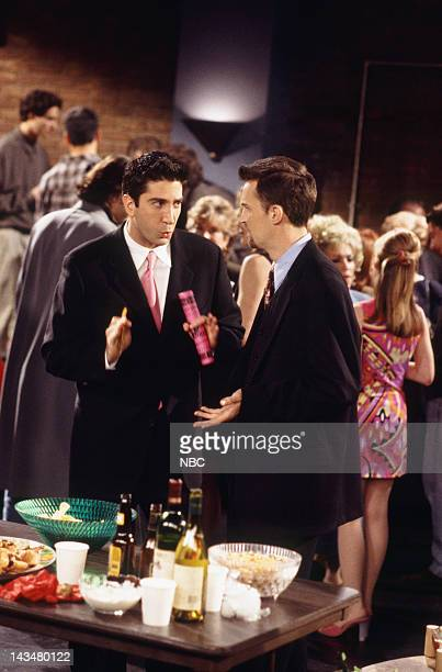 """The One with the Screamer"""" Episode 22 -- Air Date -- Pictured: David Schwimmer as Ross Geller, Matthew Perry as Chandler Bing"""