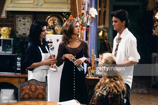 FRIENDS 'The One With the Stoned Guy' Episode 115 Pictured Courteney Cox as Monica Geller Jennifer Aniston as Rachel Green Matthew Perry as Chandler...