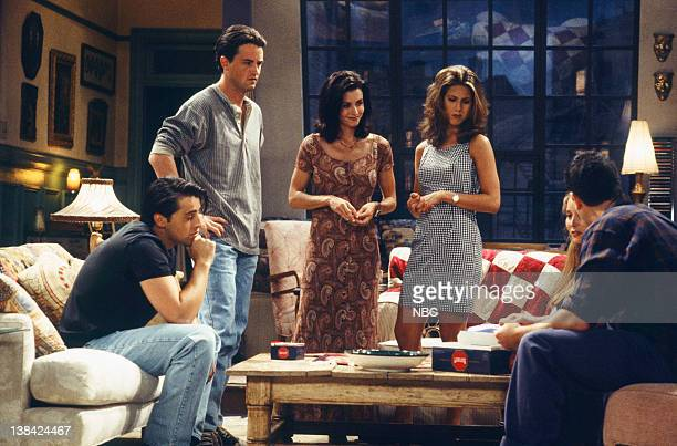"The One with the Thumb"" Episode 3 -- Air Date -- Pictured: Matt LeBlanc as Joey Tribbiani, Matthew Perry as Chandler Bing, Courteney Cox as Monica..."