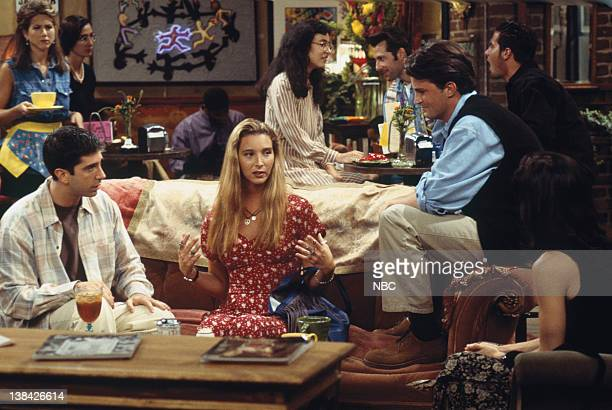 FRIENDS 'The One With the Thumb' Episode 3 Pictured Jennifer Aniston as Rachel Green David Schwimmer as Ross Geller Lisa Kudrow as Phoebe Buffay...