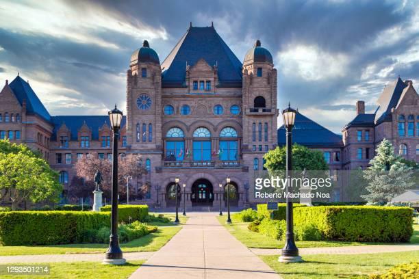 the ontario legislative building at queen's park in toronto, canada - ontario canada stock pictures, royalty-free photos & images