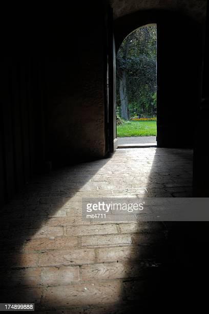 Der offenen Tür