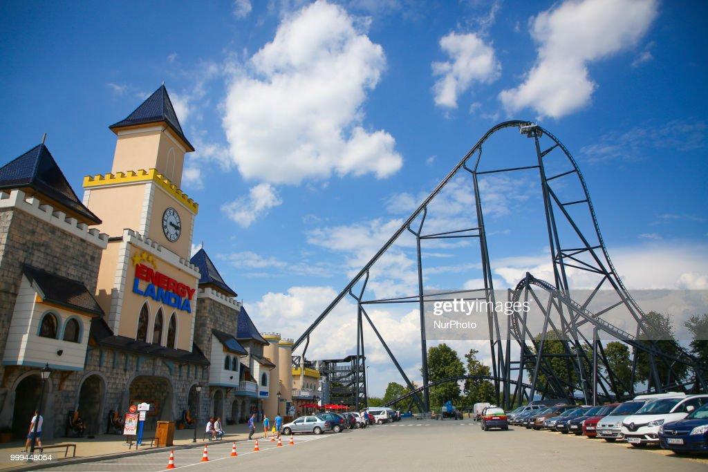 Mega Coaster Hyperion Premiere in Poland