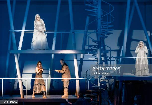 The opera singers, Emily Magee as Empress , Lise Lindstrom as Barak's wife , Andrzej Dobber as Barak and Linda Watson as the nurse during the photo...