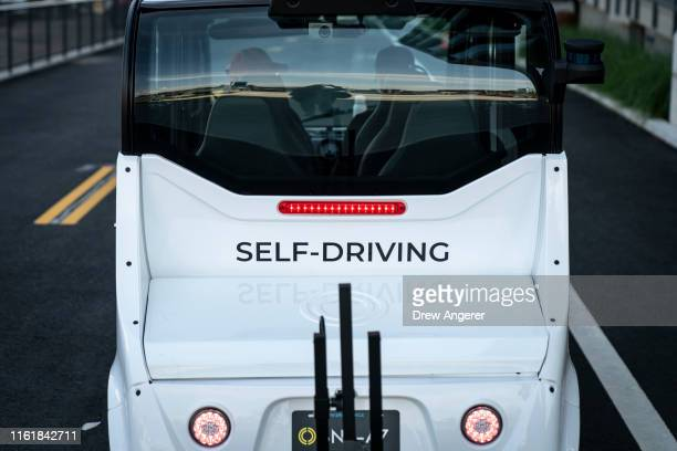 The Optimus Ride autonomous sixseater shuttle bus drives through the Brooklyn Navy Yard on August 15 2019 in New York City Optimus Ride is testing...