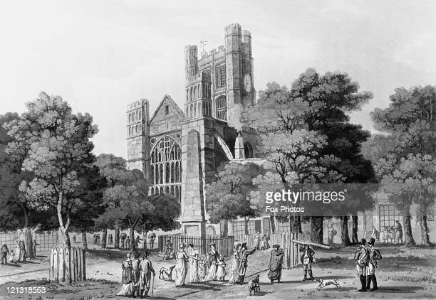 The Orange Grove in Bath Somerset adjacent to the East wall of Bath Abbey with an obelisk erected in 1734 to commemorate the Prince of Orange taking...