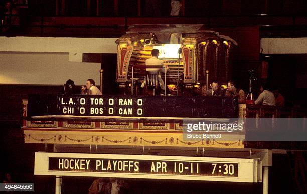The organist for the Chicago Blackhawks plays a tune duirng an NHL game with the Los Angeles Kings and Chicago Blackhawks circa 1978 at the Chicago...
