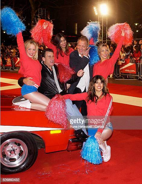 The original actors from the television series Paul Michael Glaser and David Soul attend the premiere of Starsky and Hutch at Leicester Square Odeon