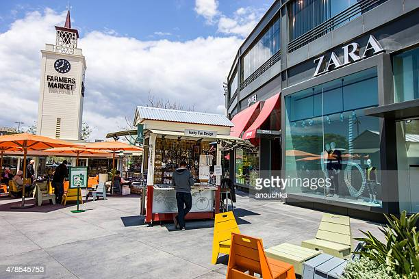 the original farmer's market, los angeles. usa - the grove los angeles stock pictures, royalty-free photos & images