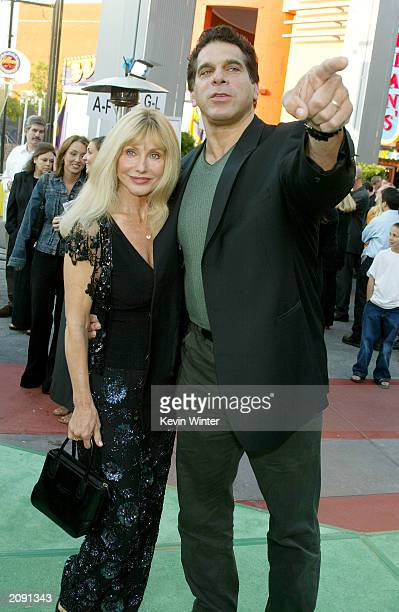 The original Hulk Lou Ferrigno and his wife Carla attend the world premiere of the movie The Hulk at Universal Studios on June 17 2003 in Universal...