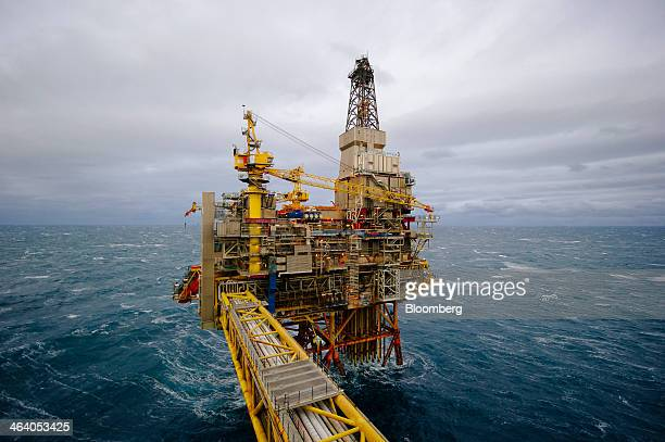 The Oseberg A offshore gas platform operated by Statoil ASA stands in the Oseberg oil field in the North Sea 140kms from Bergen Norway on Friday Jan...