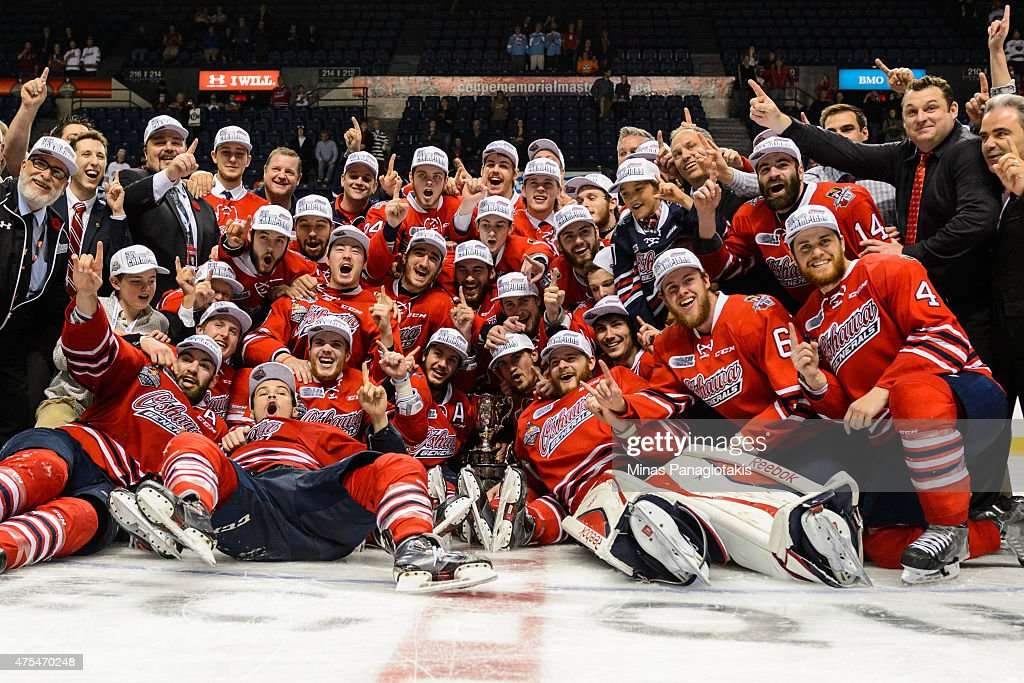The Oshawa Generals pose for a team photo with the Memorial Cup after defeating the Kelowna Rockets and becoming the 2015 Memorial Cup Champions at the Pepsi Coliseum on May 31, 2015 in Quebec City, Quebec, Canada. The Oshawa Generals defeated the Kelowna Rockets 2-1 in overtime and become the 2015 Memorial Cup Champions.