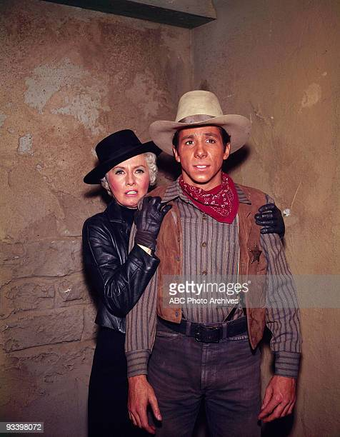 VALLEY The Other Face of Justice 3/31/69 Barbara Stanwyck Johnny Crawford