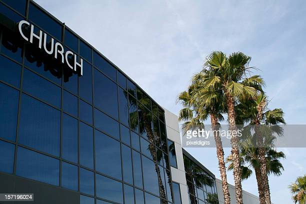 the outside of a modem church building and palm trees - congregation stock pictures, royalty-free photos & images