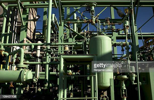Zeltel Oil Field Pictures and Photos - Getty Images