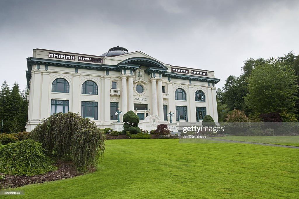 Pacific County Courthouse : Stock Photo