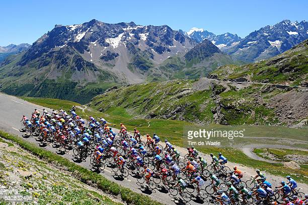 The pack in the mountains during stage 17 of the 2008 Tour de France between Embrun and L'Alpe-D'Huez.