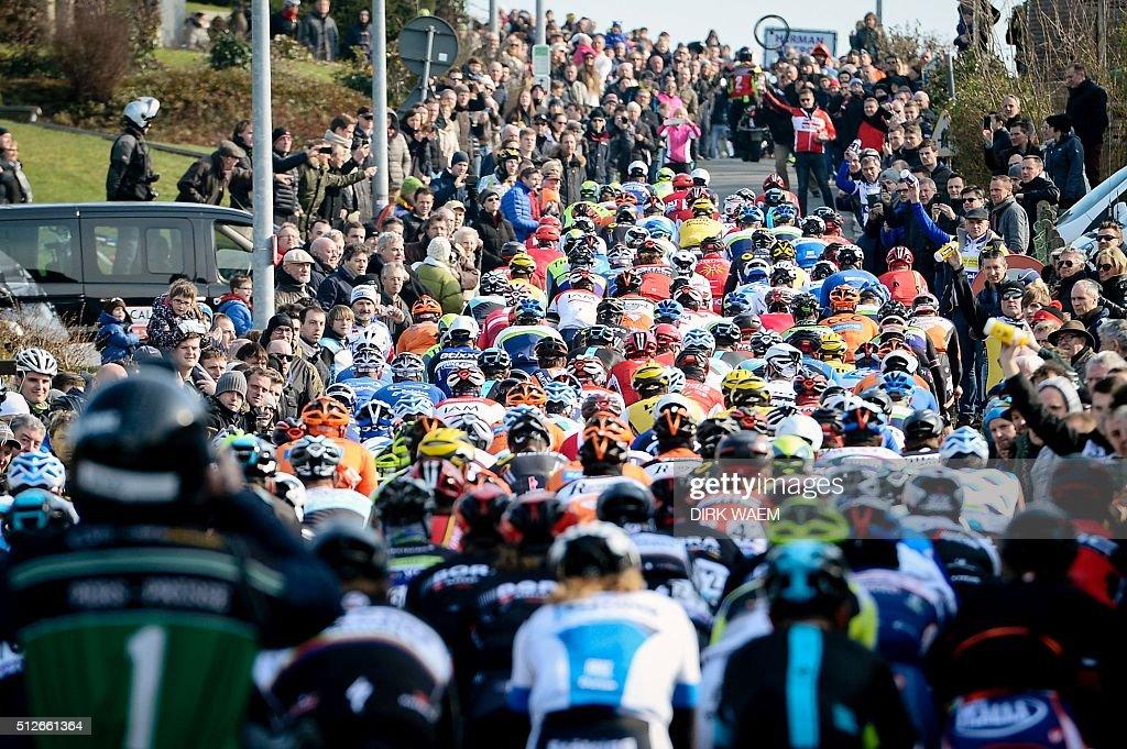 CYCLING-OMLOOP-HET-NIEUWSBLAD-RACE-BEL : News Photo