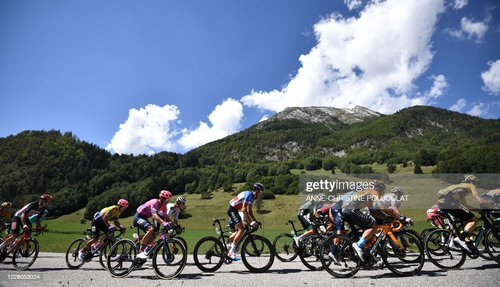 TOPSHOT-CYCLING-FRA-DAUPHINE-STAGE4 : News Photo