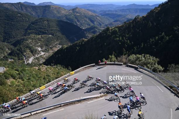 The pack rides during the 2nd stage of the 107th edition of the Tour de France cycling race, 187 km between Nice and Nice, on August 30, 2020.