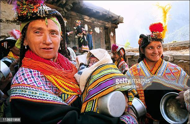 The pagan Kalash minority of Pakistan In Pakistan In July 2001Suri prao At the first light of the very first day of Joshi women who have given birth...