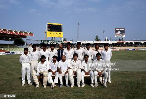 The Pakistan cricket team in Sharjah, 1991. Back row : Mushtaq Ahmed, xxxxxxxx, xxxxxxxx, xxxxxxxx, xxxxxxxxx, Waqar Younis, xxxxxxx, xxxxxx, xxxxxx,...