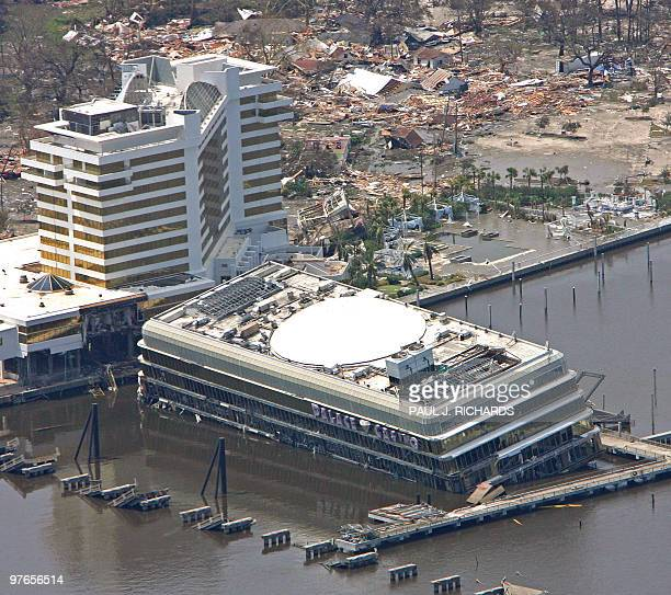 1 040 Hurricane Katrina In Biloxi Ms Photos And Premium High Res