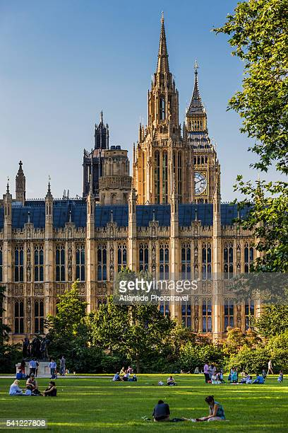 the palace of westminster and big ben - victoria tower stock pictures, royalty-free photos & images