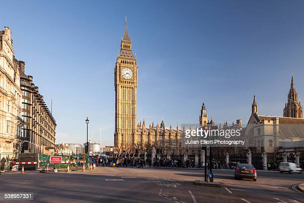 the palace of westminster from parliament square - parliament square stock pictures, royalty-free photos & images