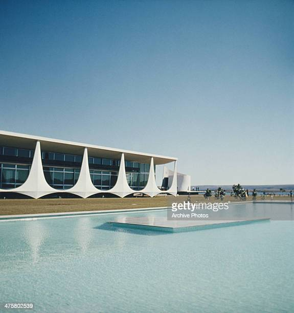 The Palacio do Planalto or presidential palace in Brasilia Brazil circa 1970 It was designed by Brazilian architect Oscar Niemeyer and inaugurated in...