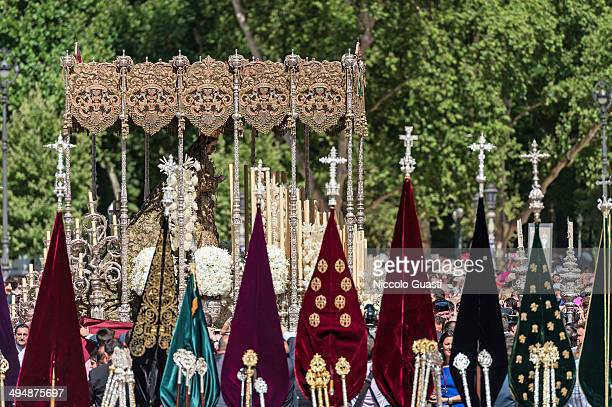 The palanquin with the figure of the Virgin during the 50th Anniversary of 'La Macarena' crowning in the 'Plaza de Espana' Square on May 31 2014 in...