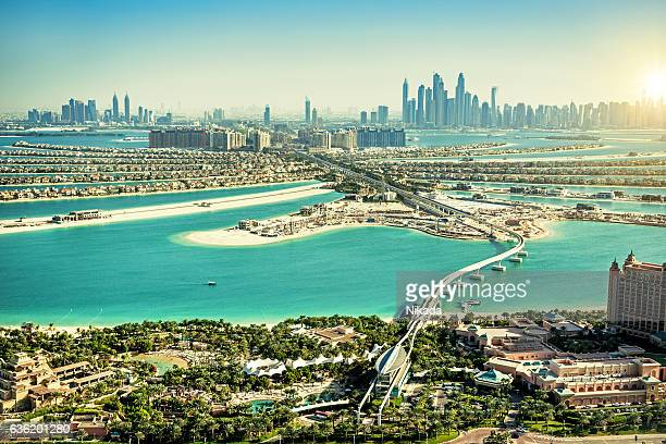the palm jumeirah, dubai, vae  - dubai strand stock-fotos und bilder