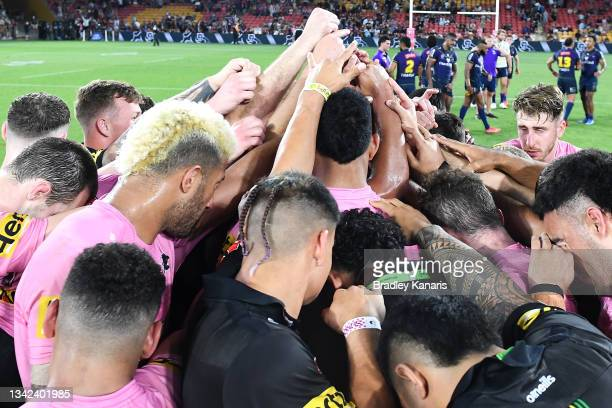 The Panthers celebrate victory after the NRL Preliminary Final match between the Melbourne Storm and the Penrith Panthers at Suncorp Stadium on...