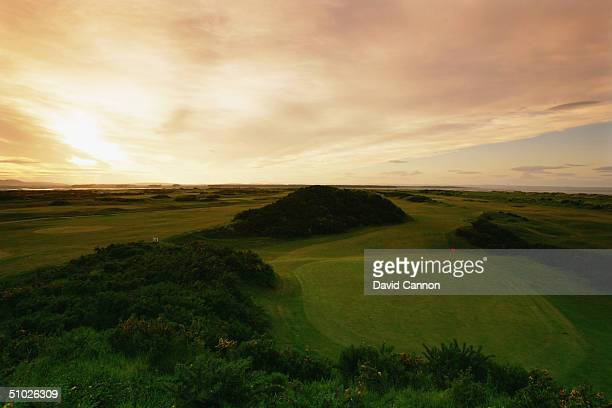 The par 3 15th green on the Jubilee Course at St Andrews, on June 4, 2004 in St Andrews, Scotland.