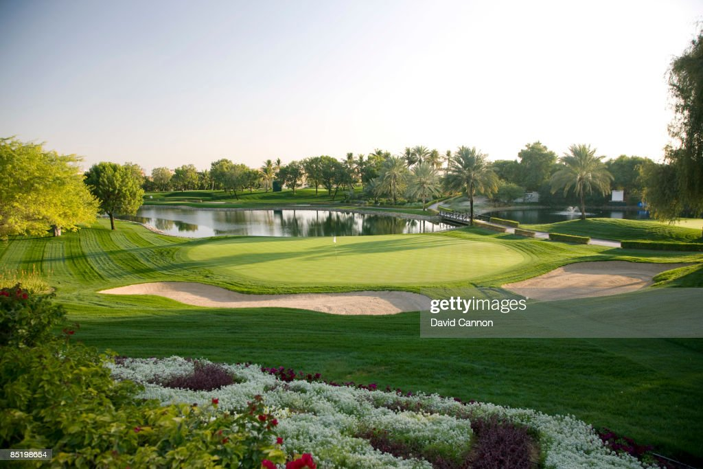 General Views of Dubai Golf Courses : Nachrichtenfoto