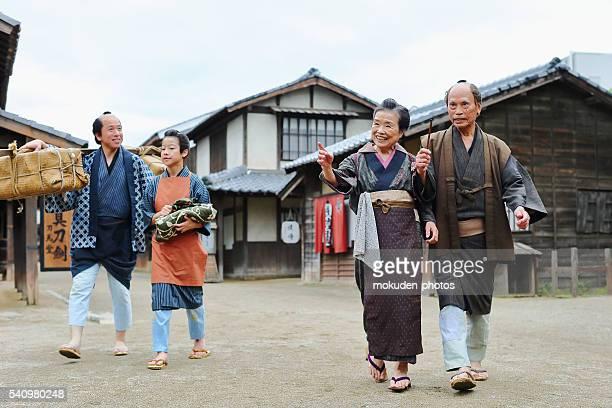 、親と子と年配のカップル日本 - edo period ストックフォトと画像