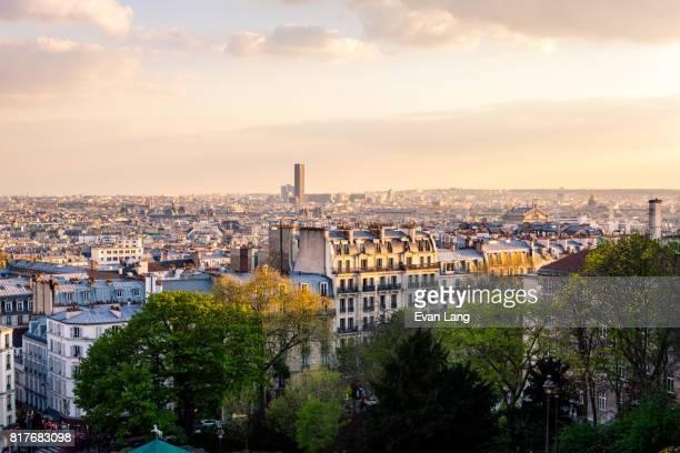 the paris skyline - ile de france photos et images de collection