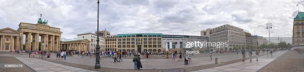 the Pariser Platz with Brandenburger Tor in Berlin : Stock Photo