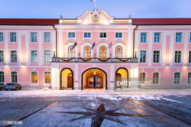 the parliament of estonia, tallinn, estonia - tallinn stock-fotos und bilder