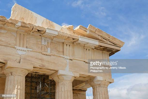 the parthenon, athens, greece - architectural cornice stock photos and pictures