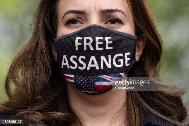 The partner of Julian Assange, Stella Morris joins protesters and a group of cross party Mp's outside Belmarsh Prison to hand in a letter to raise...