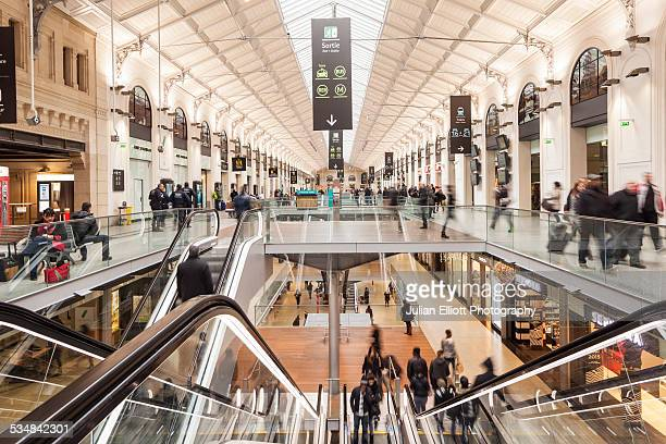the passenger hall in gare saint lazare in paris - gare du nord stock pictures, royalty-free photos & images