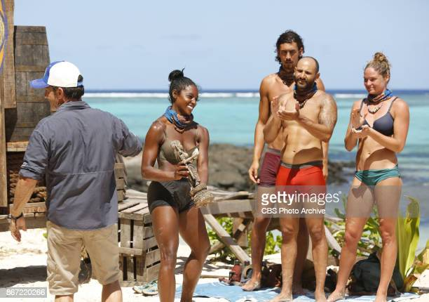 'The Past Will Eat You Alive' Jeff Probst hands over the Immunity Idol to Desiree Williams on the fifth episode of SURVIVOR 35 themed Heroes vs...