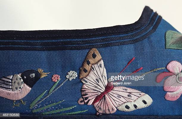 The pattern on a 1930s Chinese shoe made for women with bound feet Foot binding began in China during the Song dynasty and continued until the end of...