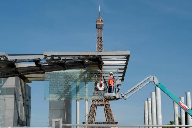 FRA: The Peace Wall In Paris Is Dismantled