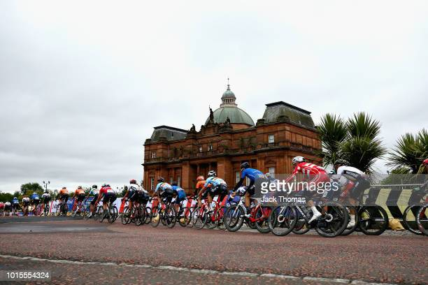 The peloton cycles past The People's Palace in the Men's Road Race during the road cycling on Day Eleven of the European Championships Glasgow 2018...