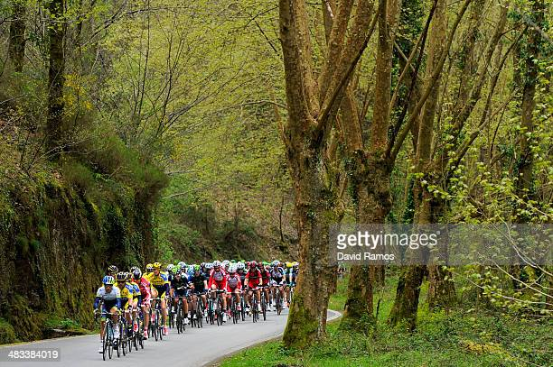 The Peloton heads up the Alto de Lizaieta during Stage Two of Vuelta al Pais Vasco between Ordizia and Urdax on April 8 2014 in Urdax Spain