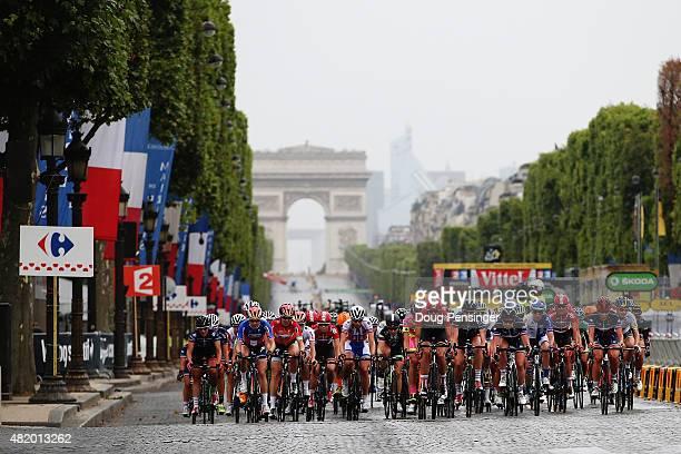 The peloton heads up the ChampsElysees during the La Course By Le Tour De France 2015 Women's Race on July 26 2015 in Paris